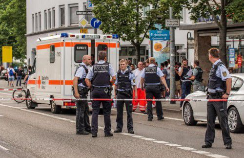 Die Tat geschah auf offener Straße in der Reutlinger Innenstadt am zentralen Omnibusbahnhof.