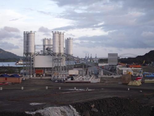 Dorner Electronic hat für den Ausbau des Panamakanals in vier Mischanlagen Steuerungen installiert. Foto: Firma