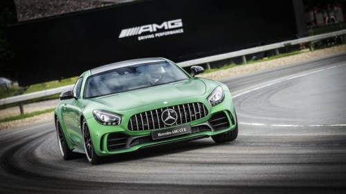 Ein lupenreiner Rennwagen mit Straßenzulassung. Der neue Mercedes AMG GT R leistet 585 PS und erreicht eine Spitze von 318 km/h.