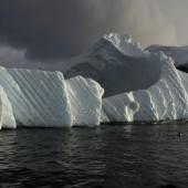Ozonloch über Antarktis schließt sich langsam