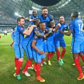 Gastgeber Frankreich feiert Sieg gegen Deutschland wie EM-Titel