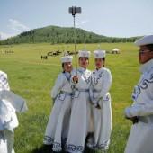 Selfie in mongolischer Tracht