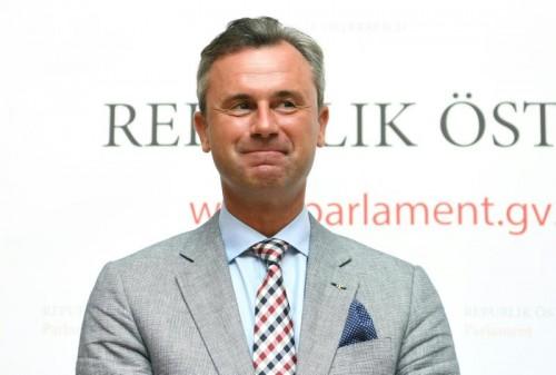 FPÖ-Kandidat Norbert Hofer und der Ex-Grünen-Chef Alexander Van der Bellen müssen nochmals gegeneinander antreten.