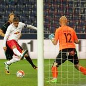Salzburg mit 1:0-Sieg gestartet