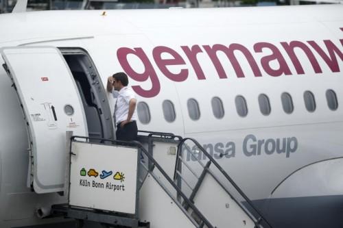 Negative Reaktionen auf das Krisenmanagement finden sich bei VW merklich öfter als bei Germanwings, so ein Ergebnis der Studie.