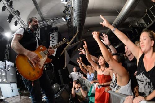 Rockmusik vom Feinsten gab es von der mexikanischen Band Molotov.