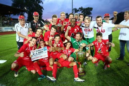 Schon im ersten Pflichtspiel der neuen Saison konnten die Spieler des FC Mohren Dornbirn jubeln. Im Supercup wurde Hohenems im Elferschießen mit 4:2 besiegt.