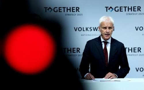 """""""Vielleicht sind wir Deutschen ein bisschen gegenwartsbequem geworden, was dann zu Risikoscheu geführt hat"""", so VW-Chef Müller."""