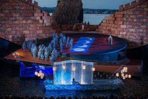 """Am Sonntag findet das große Finale der Bregenzer Festspiele 2016 statt: Mit Spiel auf dem See, Orchesterkonzert und einem """"Musik & Poesie""""-Konzert."""