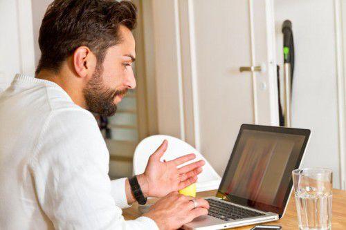 Bei 97 Prozent der befragten Unternehmen haben Mitarbeiter mittlerweile schon die Möglichkeit zur Arbeit von zu Hause aus.               Fotolia