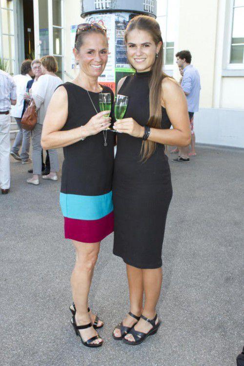 Beate (l.) und Anna Fischer.