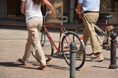 Das etwas angeheiterte Paar gab an, die Fahrräder geschoben zu haben und kam damit beim Landesverwaltungsgericht durch.