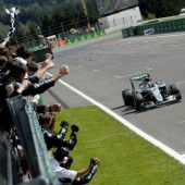 Rosberg wieder im WM-Rennen