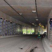 Aluplatten ersetzen Deckfarbe in Tunneln