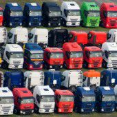 Lkw-Markt wächst im 18. Monat in Folge