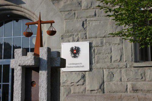 Das Ehepaar musste sich vor dem Landesgericht in Feldkirch verantworten.