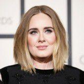 Adele lehnt Auftritt beim Super Bowl ab