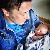 Jamie Oliver wird zum fünften Mal Vater