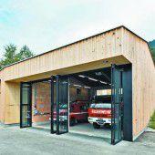 Als Stadel getarntes Feuerwehrhaus