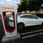 Tesla rüstet Spitzenmodelle auf