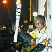 Pelé könnte das Olympia-Feuer entzünden