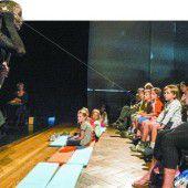 Figurentheater zum Auftakt bei Luaga und Losna in Feldkirch
