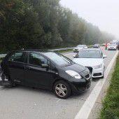 Bremsmanöver führt zu Auffahrunfall