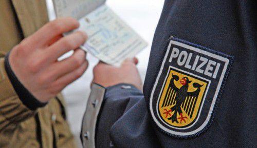 Deutsche Polizei wirdan der Grenze noch mehr aktiv. Foto: Polizei
