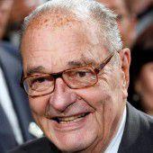 Chirac wegen Lungeninfekts im Krankenhaus
