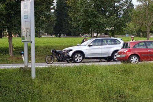 Der Pkw rammte das Motorrad mit der Front. Foto: Leserreporter