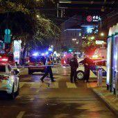 Bombenexplosion verletzt zwei Polizisten