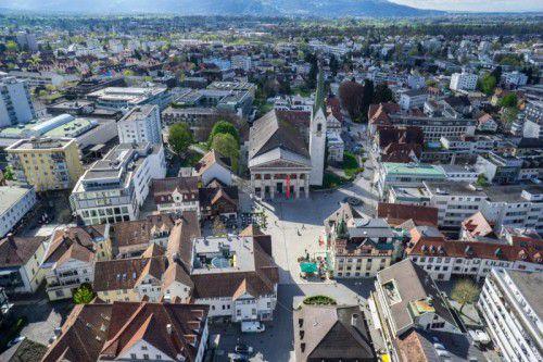 Dornbirn investiert kräftig für die Zukunft. So stehen auch Grundkäufe auf der Agenda, wie der Erwerb des Zanzenbergs oder Flächen für sozialen Wohnbau.VN