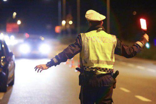 Die Polizei achtet bei ihren Schwerpunktkontrollen nicht nur auf Lenker, die durch Alkohol oder Suchtgift beeinträchtigt sind. VN/HB