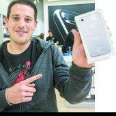 Auch Vorarlberger sind wieder im iPhone-Fieber