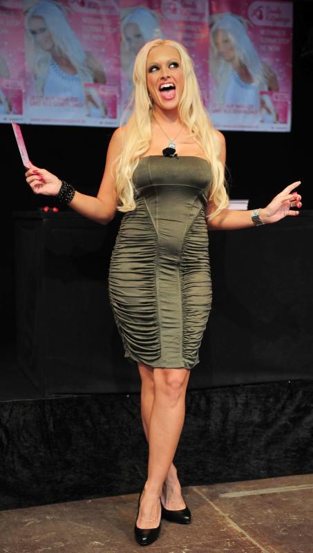 Reality-TV-Sternchen Daniela Katzenberger feiert am heutigen Samstag ihren 30. Geburtstag im Kreise der Familie. Foto: DPA