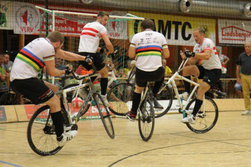 Bei der Europameisterschaft in Eberstadt sind beide Höchster Weltklasseteams im Einsatz. Foto: Schwämmle