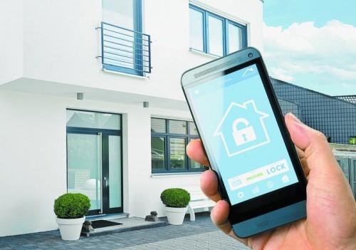 """""""Smart homes"""" können über unterschiedliche Instrumente gesteuert werden. Fotos: Shutterstock"""