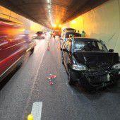 Auffahrunfall mit vier Autos