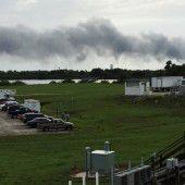 SpaceX-Rakete auf der Startrampe explodiert