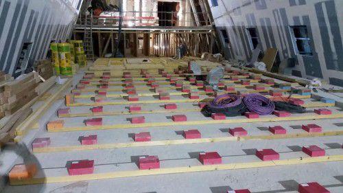 270 Punktlager aus Sylodyn und Sylomer schützen die angrenzenden Räume vor Erschütterungen und Lärm. Foto: Getzner