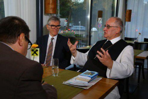 Abt Henckel-Donnersmarck und Raiffeisen-Vorstandschef Wilfried Hopfner im VN-Gespräch.  Foto: VN/Hofmeister
