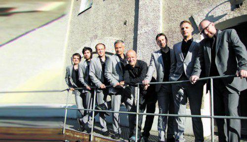 """Andy Lee Lang & The Spirit gastieren mit """"Rockin' Christmas – The Original"""" auf der Kulturbühne AMBACH in Götzis. Foto: nicole hoffmann"""