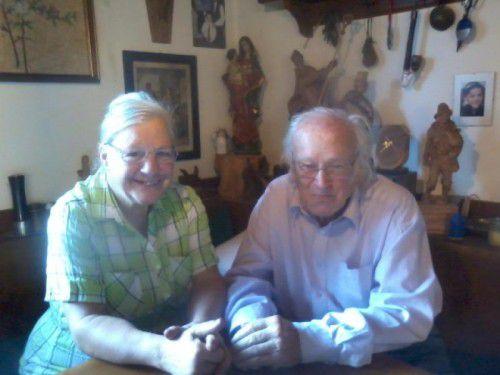 Auch ihren 50. Hochzeitstag feiern Helga und Karl Salzmann in der Krone.  Foto: kl
