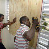 Hurrikan zieht auf Karibik zu