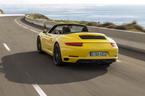 Das 911 Cabrio steht bereits nach 31,3 Metern. Foto: werk