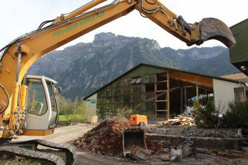 Das alte Tenniscenter in Mellau weicht einem neuen Hotelprojekt.
