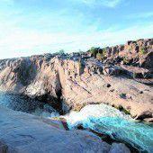 Wasser, Felsen und eine eindrucksvolle Schlucht