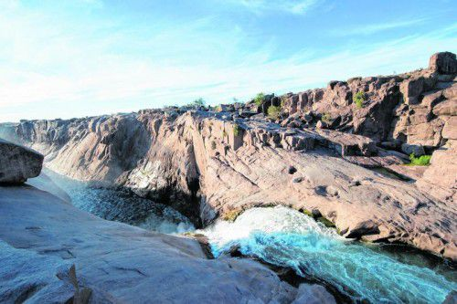 Der Augrabies-Falls-Nationalpark befindet sich an den Ausläufern der Kalahari in Südafrika.