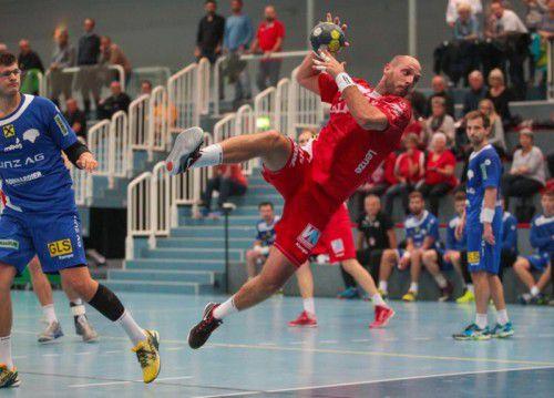 Der Harder Kreisläufer Domagoj Surac erzielte gegen Linz insgesamt sechs Treffer. Foto: Hartinger