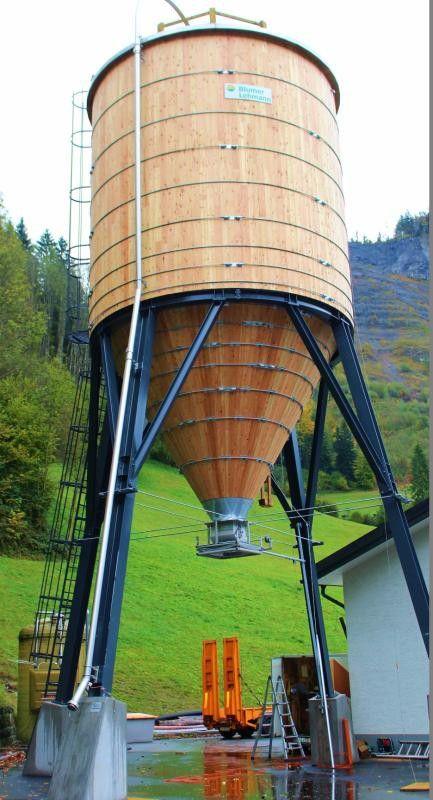 Der neue Silo in Bersbuch fasst 150 Tonnen Salz. Foto: stp